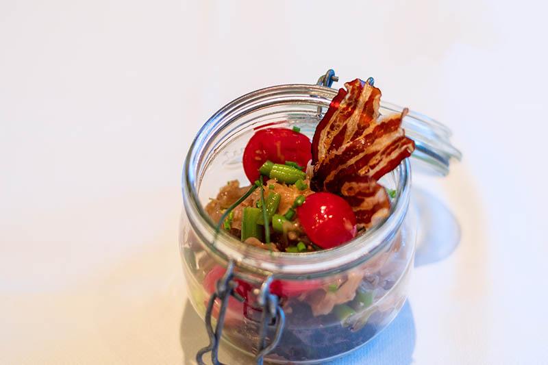 Sauerrkautsalat mit Cherrytomaten